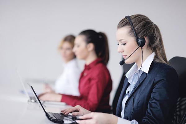 快递助手客服电话多少?可以多店打印吗?