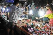 地摊卖衣服好卖吗?应该定哪档价位更合适?